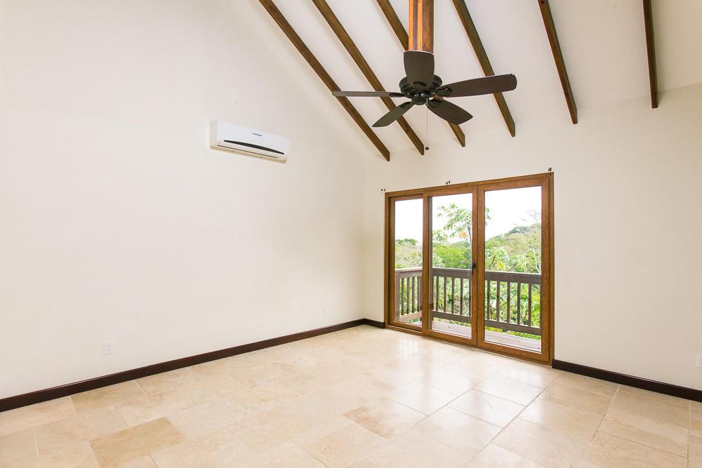 ceiba-hills-living-room