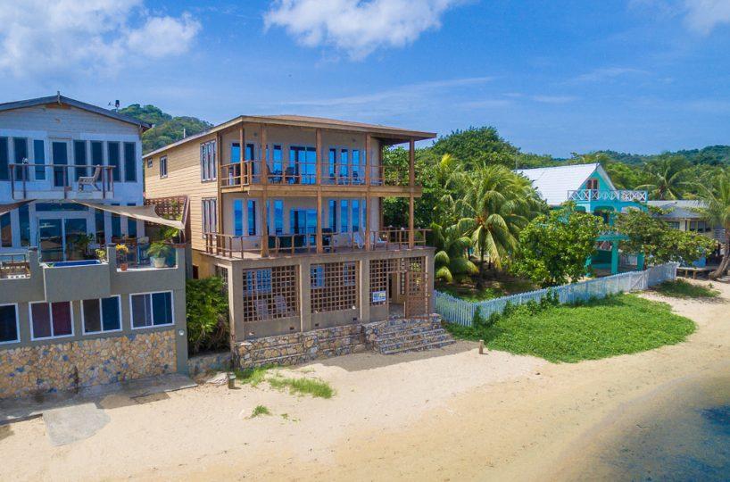 Turtle Casa Beach