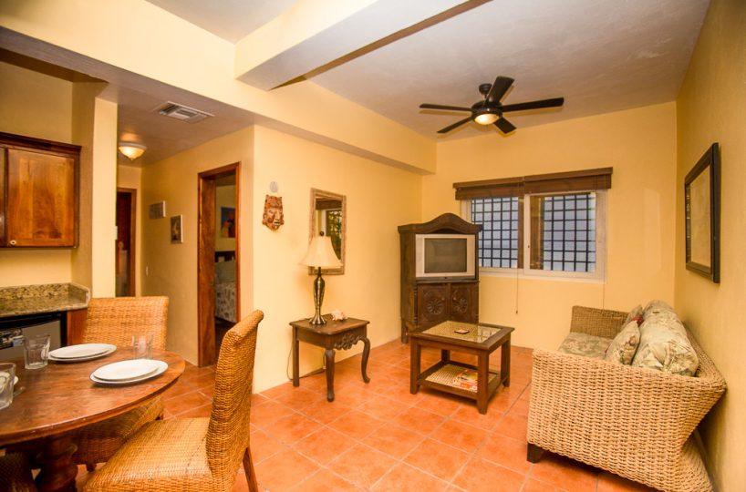 Beach Suite lounge area